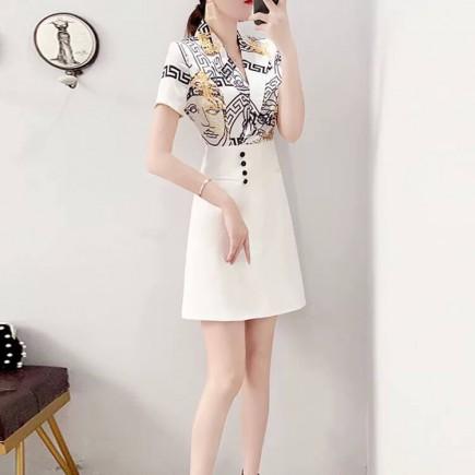 Đầm cổ vest phối họa tiết - K421
