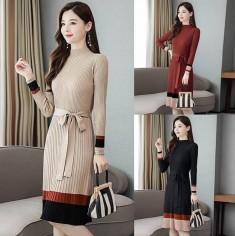 Đầm len dập ly phối màu -T0296