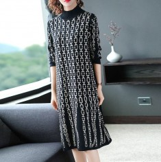 Đầm len họa tiết xích -A6126