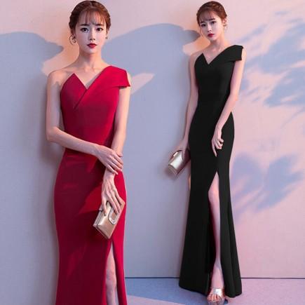 Đầm dạ hội lệch vai xẻ tà - K462